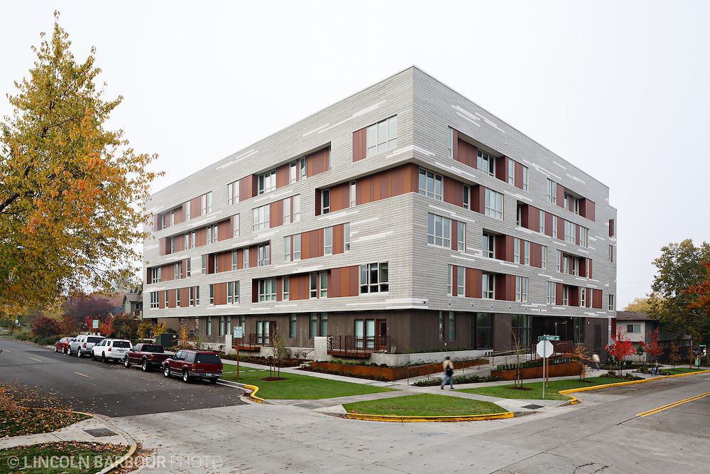 University House student housing apartment in Eugene, OR. Designed by Mahlum Architects