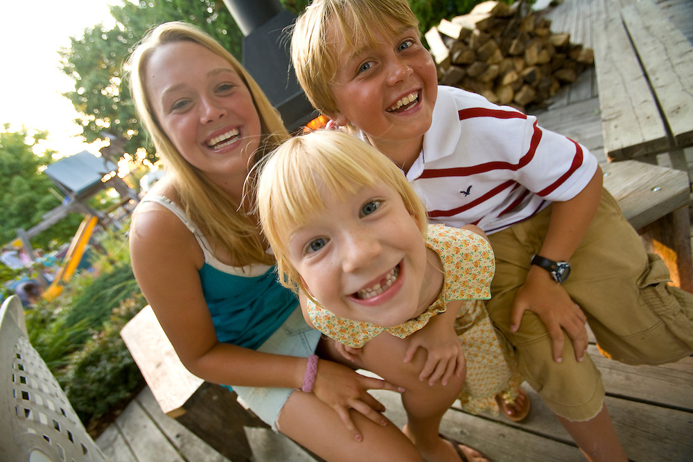 Elke Roemer, center with her firends Emily and Anders Larson at the Northern Grill in Sister Bay, Wisconsin in Door County.   Mike Roemer / Mike Roemer Photography Inc.  920-347-9323.