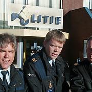 3 wijkagenten politie Huizen, Gerrit Plaggenburg, Menno Mulder en Henk Koster