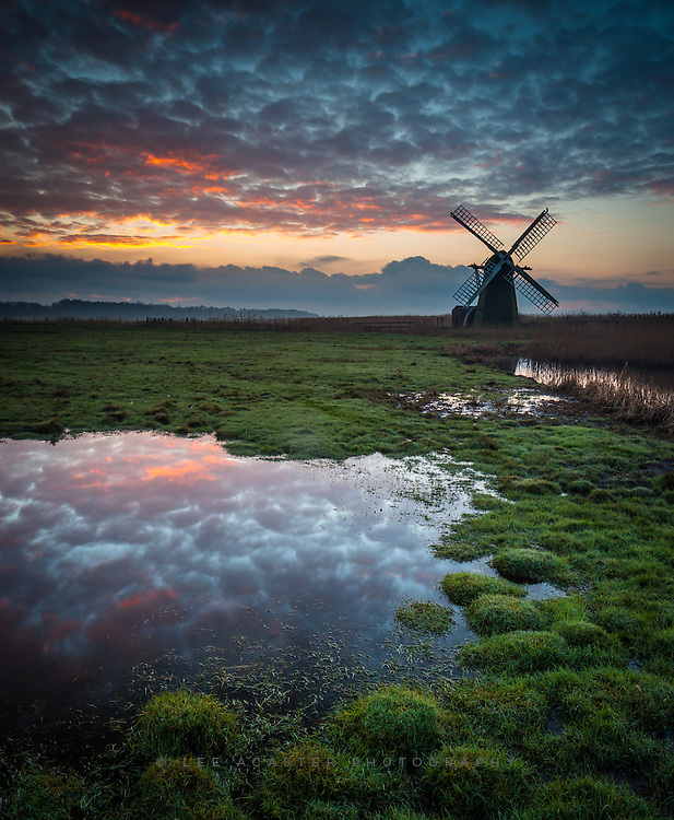 More from just after sunrise at Herringfleet
