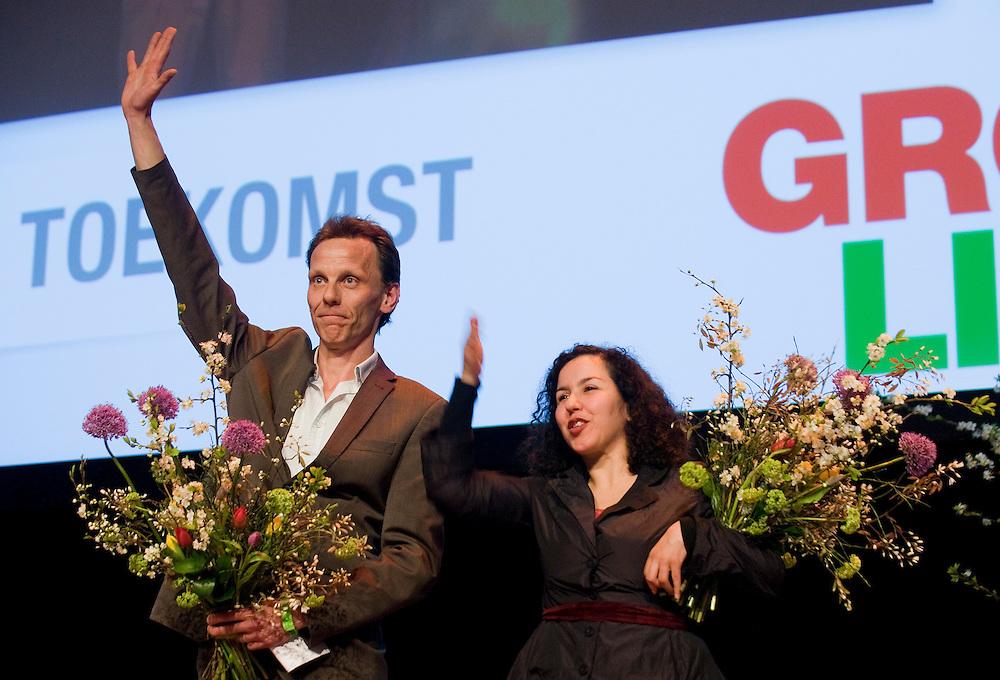 Nederland, Utrecht, 18 april 2010.Verkiezingscongres Groen Links. Kees Vendrik en Naima Azough nemen afscheid van de tweede kamerfraktie van Groen Links..Foto (c)  Michiel Wijnbergh