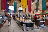 France, Loire-Atlantique (44), Presqu'île de Guérande, Guérande, la cité médiévale, le marché// France, Loire-Atlantique, Guérande, medieval city, the market
