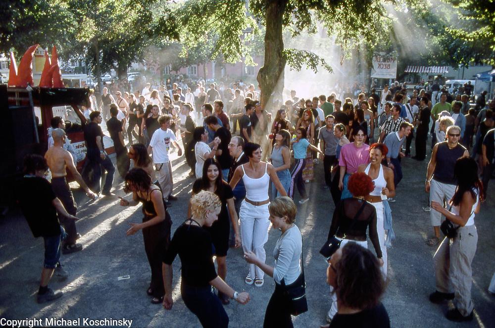 Loveparade Mosergarten Schaffhausen 1999