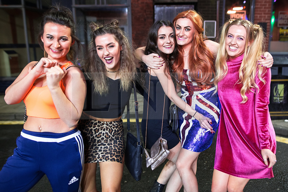 © Licensed to London News Pictures . 26/12/2017. Wigan, UK. Spice Girls. Revellers in Wigan enjoy Boxing Day drinks and clubbing in Wigan Wallgate . In recent years a tradition has been established in which people go out wearing fancy-dress costumes on Boxing Day night . Photo credit: Joel Goodman/LNP
