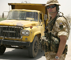 © licensed to London News Pictures. 14/05/11. The UK Government moves towards the possibility of making the military covenant law. (FILE PICTURE OF BRITISH SOLDIER). Photo credit should read Matt Cetti-Roberts/LNP