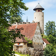 "Birseck Castle (Burg Birseck) is located in the municipality of Arlesheim in the canton of Basel-Country. Birseck Castle is also called ""Untere Burg Birseck"" or ""Vordere Burg Birseck"" and is one of four castles on a slope called Birseck that confines the plain of the Birs river."