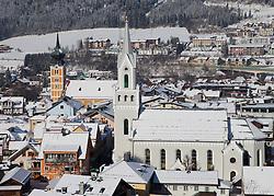 19.01.2013, Schladming, AUT, FIS Weltmeisterschaften Ski Alpin, Schladming 2013, Vorberichte, im Bild die katholische (links) und die evangelische Kirche am 19.01.2013 // catholic (left) and evangelical church of Schladming on 2013/01/19, preview to the FIS Alpine World Ski Championships 2013 at Schladming, Austria on 2013/01/19. EXPA Pictures © 2013, PhotoCredit: EXPA/ Martin Huber