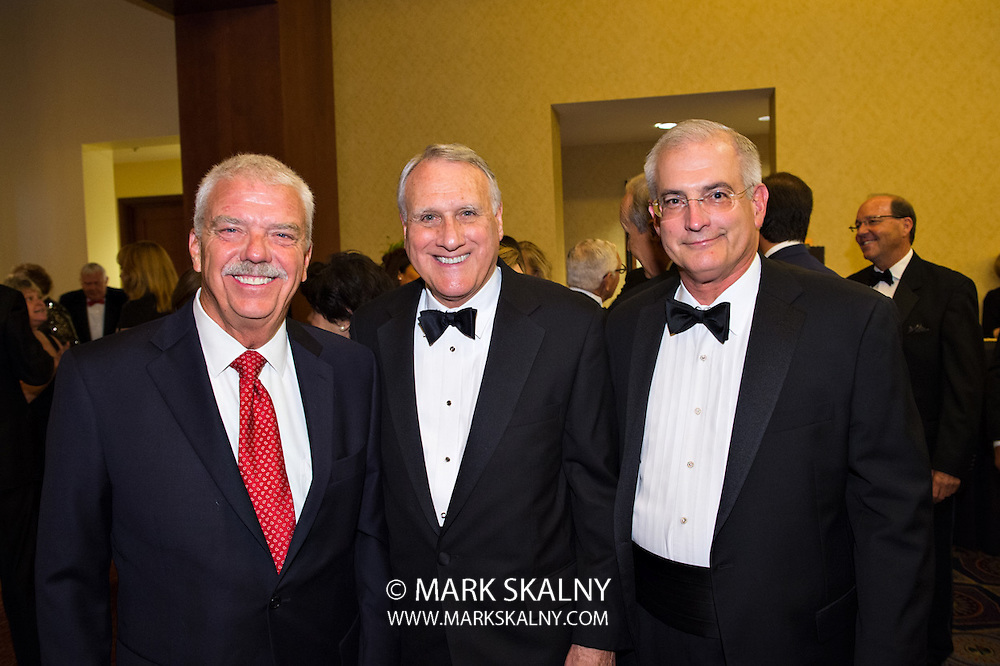 Corporate and Commercial Photography<br /> by Mark Skalny  1-888-658-3686  <br /> www.markskalny.com<br /> #MSP1207