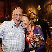 NLD/Baarn/20070527 - Finale Dancing with the Stars 2007, winnaar Helga van Leur en haar vader
