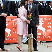 NLD/Makkum/20080430 - Koninginnedag 2008 Makkum, Pieter Christiaan en partner Anita van Eijk