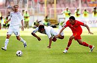 Fotball , 6. juni 2009 VM-kvalifisering , Norge - Makedonia<br /> Daniel Braathen c) Norway with Goran Popov  (r) FYR Macedonia<br /> WC-qual.<br /> Norway - Macedonia