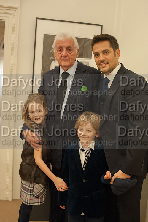 HARRY BENSON; MICHAEL LANDIS; MIMI LANDIS; DOMINIC LANDIS,  Harry Benson: 50 Years Behind the Lens, Mallet on Dover Street. London. 3 February 2014