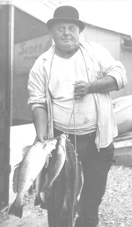 """1950's Bub's Fishing Camp on Page 41 of the """"Around Clear Lake Book"""""""