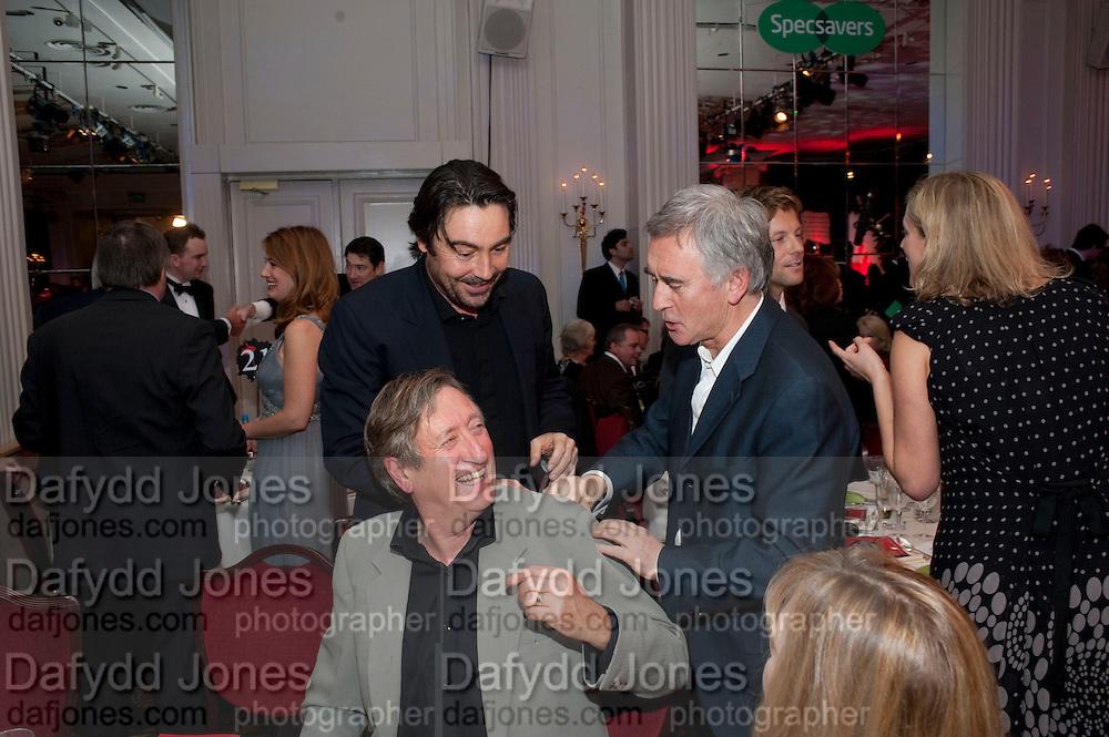DENIS LAWSON, Specsavers Crime Thriller Awards.  Award ceremony celebrating the best in crime fiction and television. <br /> Grosvenor House Hotel, Park Lane, London. 21 October 2009