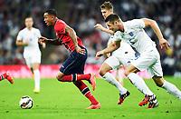 Fotball , 3. september 2014 , Privatkamp<br /> England - Norge<br /> England - Norway<br /> Gary Cahill (5), England , Leighton Baines (3 ) , England<br /> Joshua King , Norge