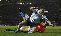 Photo: Paul Thomas.<br /> England v Spain. International Friendly. 07/02/2007.<br /> <br /> Frank Lampard (L) of En gland has a great chance to score inside the Spanish 6-yard box but is tackled by Pablo Ibanez.