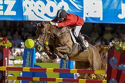 Sarasola Murulanda Fernando (ESP) - Nikita De Laubry<br /> Jumping day 1<br /> World Equestrian Games Jerez de la Fronteira 2002<br /> Photo © Hippo Foto - Dirk Caremans