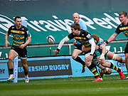 Northampton Saints wing Tommy Freeman off-loads the ball to scrum-half Tom James during a Gallagher Premiership Round 13 Rugby Union match, Saturday, Mar. 13, 2021, in Northampton, United Kingdom. (Steve Flynn/Image of Sport)