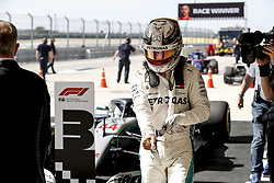 October 22, 2018 - Austin Austin, United States United States - Motorsports: FIA Formula One World Championship; 2018; Grand Prix; United States, FORMULA 1 PIRELLI 2018 UNITED S GRAND PRIX , Circuit of The Americas Motorsports: FIA Formula One World Championship; 2018; Grand Prix; United States, FORMULA 1 PIRELLI 2018 UNITED S GRAND PRIX , Circuit of The Americas#44 Lewis Hamilton (GBR, Mercedes AMG Petronas F1 Team) (Credit Image: © Hoch Zwei via ZUMA Wire)
