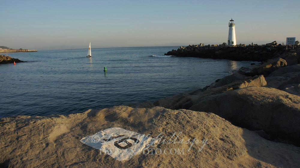 Santa Cruz Harbor ~ Walton Lighthouse ~ 3592