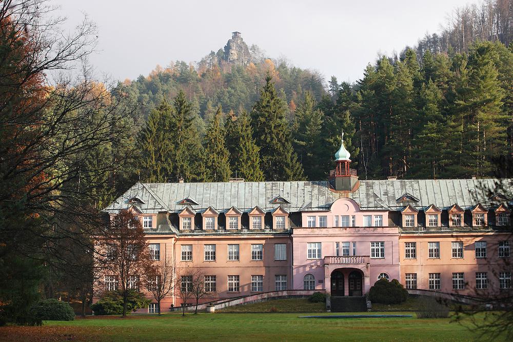 OFFICIAL CENTRE AT THE NATIONAL PARK.<br /> JETRICHOVICE. CESKE SVYCARSKO. CZECH REPUBLIC.