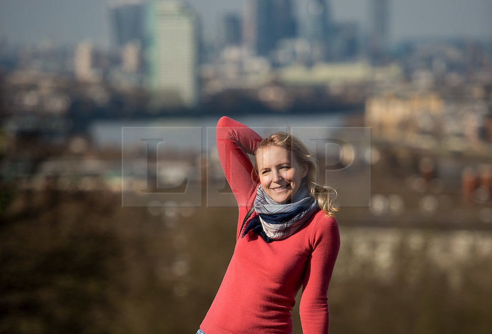 © Licensed to London News Pictures. 20/02/2017. Greenwich Park, London, UK. People enjoying the very mild weather in Greenwich Park on Monday morning. Photo credit : David Tett/LNP
