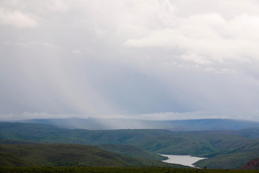 Leme do Prado_MG, Brasil...Vista do lago da Represa de Irape...View of lake of Irape reservoir...Foto: LEO DRUMOND / NITRO
