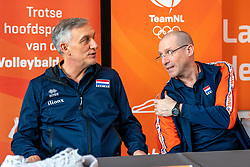 28-12-2019 NED: Pressmoment Volleyball, Arnhem<br /> Volleyball women & men have a final training and press conference before they leave for Olympic Qualification Tournament / Giovanni Caprara en Coach Roberto Piazza (r)