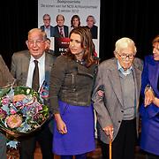 NLD/Hilversum/20121003- Boekpresentatie De Iconen van het NOS Achtuurjournaal, Sacha de Boer, Frits Thors, Pia Dijkstra
