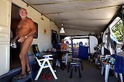 """Dutch couple that stay living for about two years on the naturist camping park, Hannah e """"Popeye""""."""