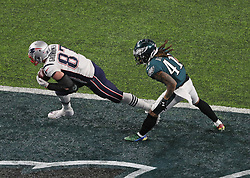 New England Patriots tight end Rob Gronkowski (87) snags a 5-yard touchdown pass from Tom Brady on the opening drive of the third quarter as Philadelphia Eagles cornerback Ronald Darby (41) defends on Sunday, February 4, 2018 at U.S. Bank Stadium in Minneapolis, Minn. Photo by Brian Peterson/Minneapolis Star Tribune/TNS/ABACAPRESS.COM
