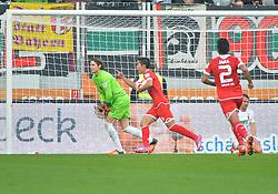 31.10.2015, WWK Arena, Augsburg, GER, 1. FBL, FC Augsburg vs 1. FSV Mainz 05, 11. Runde, im Bild Jubel beim FSV Mainz 05 mit Marwin Hitz #35 (FC Augsburg), Yoshinori Muto #9 (FSV Mainz 05), Gonzalo Jara #2 (FSV Mainz 05) und Markus Feulner #8 (FC Augsburg) // during the German Bundesliga 11th round match between FC Augsburg and 1. FSV Mainz 05 at the WWK Arena in Augsburg, Germany on 2015/10/31. EXPA Pictures © 2015, PhotoCredit: EXPA/ Eibner-Pressefoto/ Hiermayer<br /> <br /> *****ATTENTION - OUT of GER*****