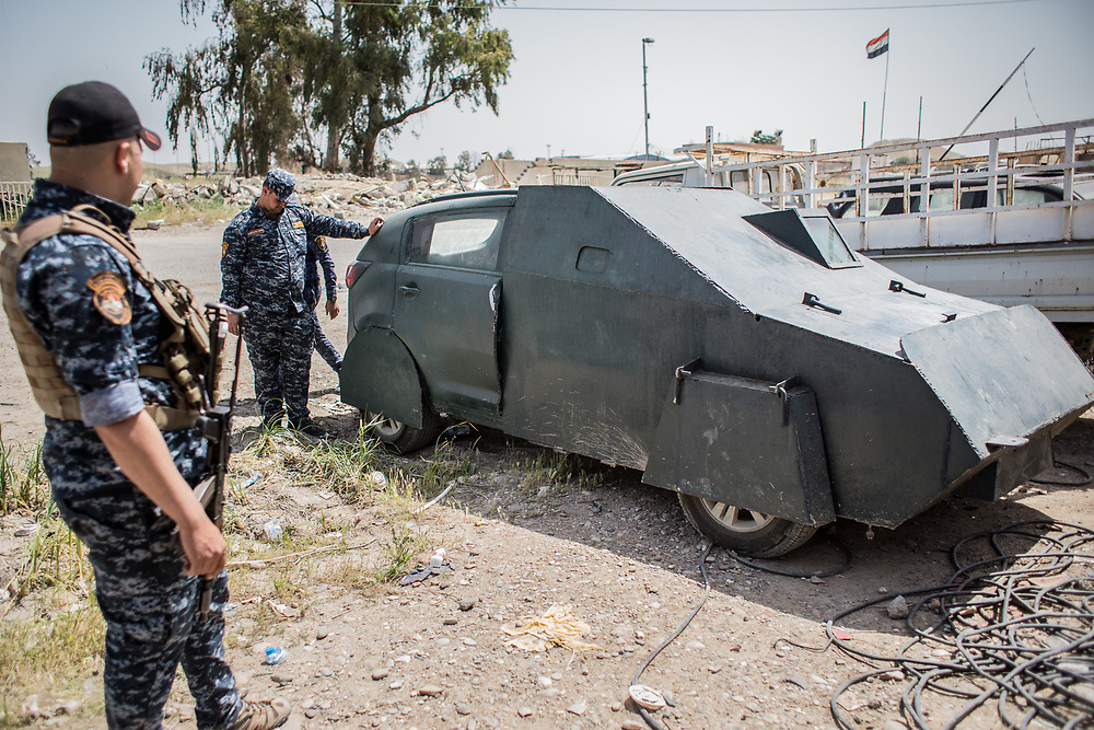 An enhanced car for an ISIS' suicide attacker captured by the Iraqi Federal Police Forces is seen near Mosul, Iraq.<br /> <br /> イラク警察軍によって捕獲された、自爆テロ用に改造されたISの自動車。
