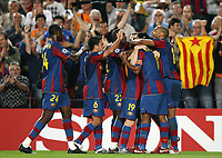 Fotball <br /> 19.09.07<br /> UEFA Champions League <br /> FC Barcelona - Olympique Lyon<br /> Foto: Witters/Digitalsport<br /> NORWAY ONLY<br /> <br /> Jubel 1:0 Barcelona , Thierry Henry (rechts)
