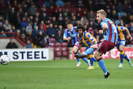 Paddy Madden of Scunthorpe United takes the penalty to score going 2-1 up during the Sky Bet League 1 match between Scunthorpe United and Shrewsbury Town at Glanford Park, Scunthorpe, England on 17 October 2015. Photo by Ian Lyall.
