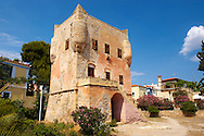 The Medieval Tower of Markellos used by the Greek government after the 1821 revolution. .<br /> .<br /> <br /> If you prefer to buy from our ALAMY PHOTO LIBRARY  Collection visit : https://www.alamy.com/portfolio/paul-williams-funkystock/aegina-greece.html <br /> <br /> Visit our GREECE PHOTO COLLECTIONS for more photos to download or buy as wall art prints https://funkystock.photoshelter.com/gallery-collection/Pictures-Images-of-Greece-Photos-of-Greek-Historic-Landmark-Sites/C0000w6e8OkknEb8