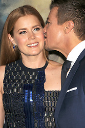 November 6, 2016 - Los Angeles, California, United States - November 6th 2016 - Los Angeles California USA -  Actress   AMY ADAMS, Actor JEREMY RENNER at the 2016 ''Arrivals'' Premiere  held at the Regency Village Theater, Westwood  Los Angeles, CA (Credit Image: © Paul Fenton via ZUMA Wire)