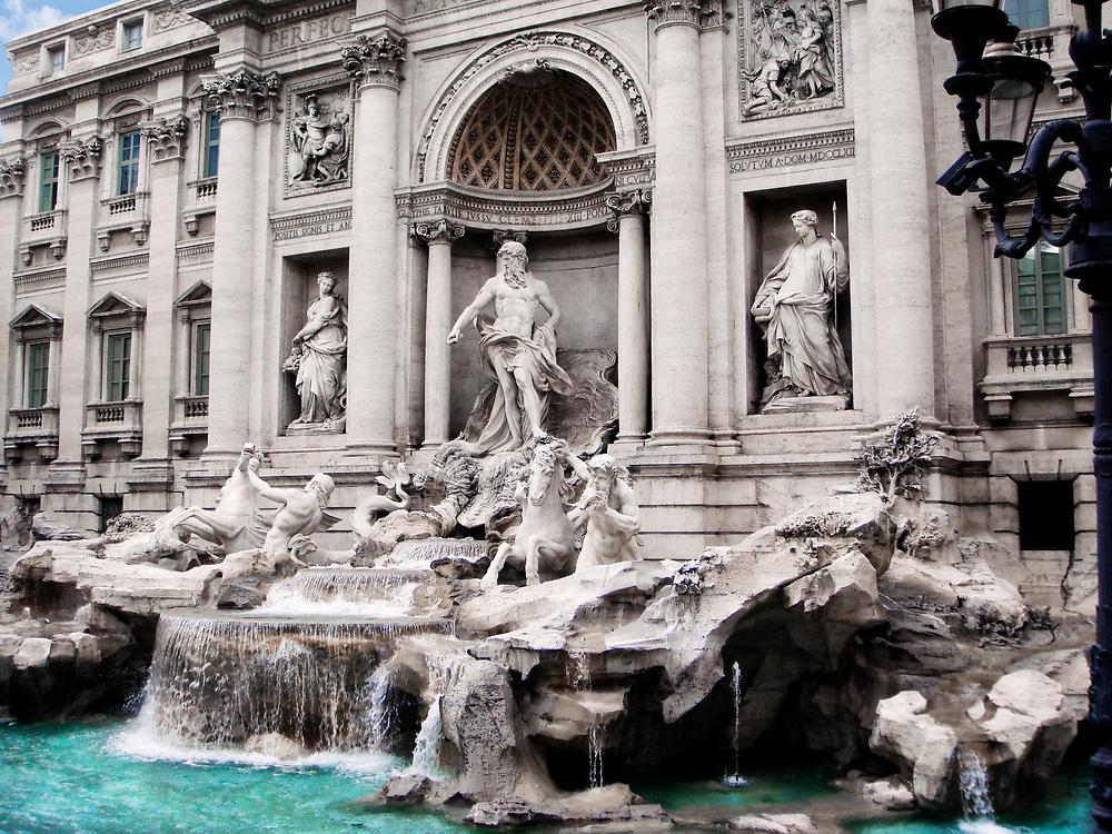 Trivi Fountain Rome