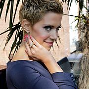 NLD/Amsterdam/20100414 - Uitreiking Mama van het Jaar 2010, Sylvie van der Vaart - Meis