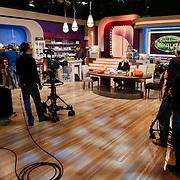 NLD/Hilversum/20121028 - Uitzending Life4You met Carlo Boszhard en Irene Moors, studio overzicht
