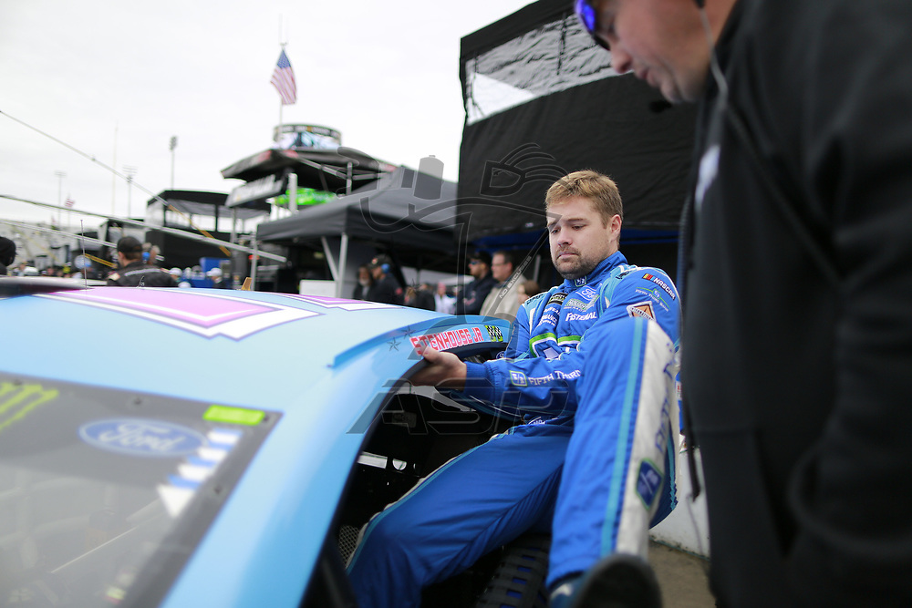 October 29, 2017 - Martinsville, Virginia, USA: Ricky Stenhouse Jr (17) gets in his car to qualify for the First Data 500 at Martinsville Speedway in Martinsville, Virginia.