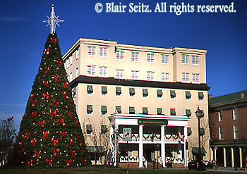 PA Historic Places, Gettysburg, Gettysburg Hotel, Historic Hotel, Christmas Tree, Town Square, Adams Co., Pennsylvania