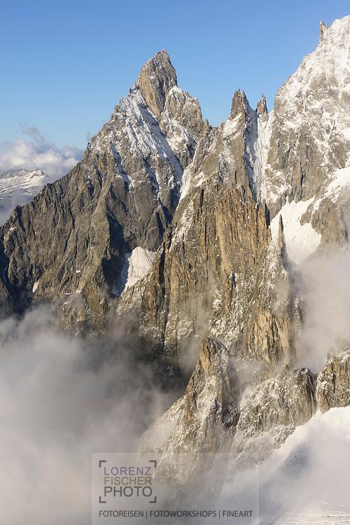 Aiguille Noire de Peuterrey and the Peuterey ridge, Rifugio Torino, Italy