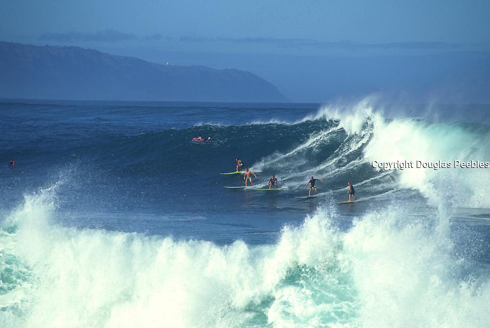 Surfing, Waimea Bay, Oahu, Hawaii, (editorial use only, no model release)<br />