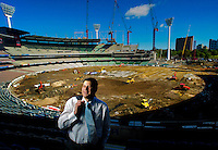 Premier Steve Bracks at the MCG where work is going ahead in preparation for the Commonweatlth games  Pic By Craig Sillitoe SPECIAL 000