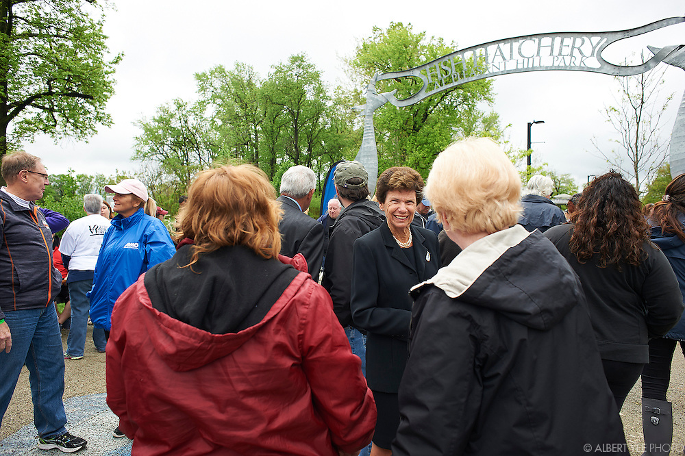 Love Your Park Week 2016<br /> Pleasant Hill Park is home to a historic fish hatchery and fishing pier, wetlands, a playground, and a much-loved boat launch and river walk. This wonderful park has a brand new Friends Group, and we are excited to be partnering with and supporting them in their newly redoubled efforts to maintain and advocate for Pleasant Hill.<br /> <br /> The morning will feature the planting of seven new trees along the fishing ponds at Pleasant Hill Park in celebration of the 70th anniversary of Almo Corporation, a northeast Philadelphia-based company that is donating a total of 70 trees to Philadelphia's parks in honor of its anniversary.
