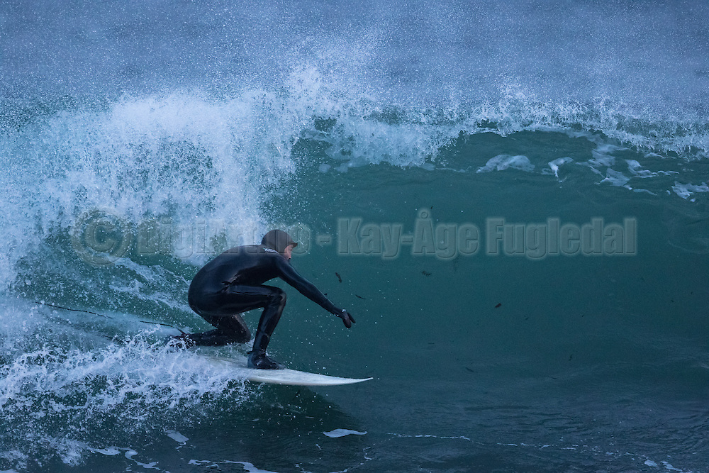 Great surf weather on the west coast of Norway today | Flott surfewær på vestkysten av Norge idag.