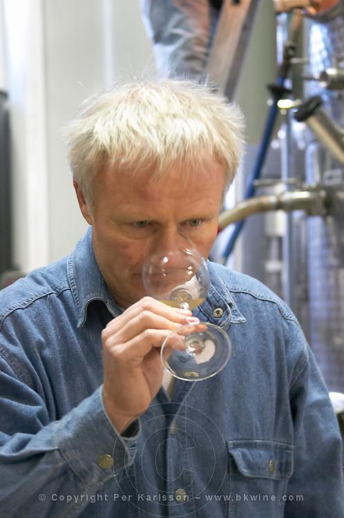 Jean-Louis Denois Domaine Jean Louis Denois. Limoux. Languedoc. Owner winemaker. Tasting wine. France. Europe.