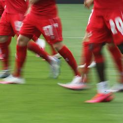 Warmlaufen Union Spieler <br /> <br /> Sport: Fussball: Bundesliga: Saison 19/20: TSG 1899 Hoffenheim-1.FC Union Berlin, 20.06.2020.<br /> <br /> Foto: RALF POLLER/AVANTI/POOL/PIX-Sportfotos<br /> <br /> Nur für journalistische Zwecke! Only for editorial use! <br /> Gemäß den Vorgaben der DFL Deutsche Fußball Liga ist es untersagt, in dem Stadion und/oder vom Spiel angefertigte Fotoaufnahmen in Form von Sequenzbildern und/oder videoähnlichen Fotostrecken zu verwerten bzw. verwerten zu lassen. DFL regulations prohibit any use of photographs as image sequences and/or quasi-video.