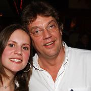 CD presentatie Henk Westbroek, met dochter Chrissie